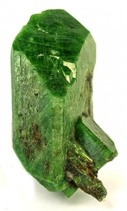 Description: Brilliantly green crystal of chrome diopside