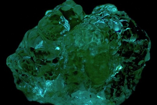 Description: An incredible green opal of the hyalite variety